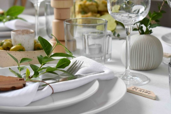 Summer Table Styling