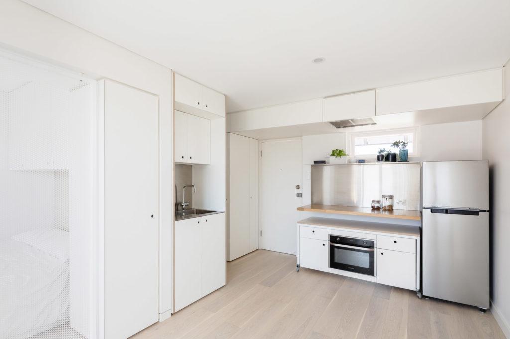 5s-apartment-nicholas-gurney-interiors-residential-micro-australia-sydney
