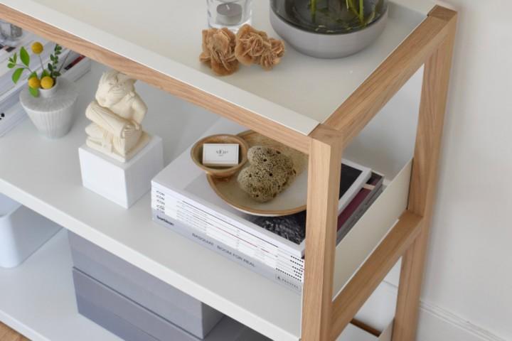 Stylish bookcase with LAP Shelving